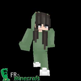 Fille tenue et capuche verte
